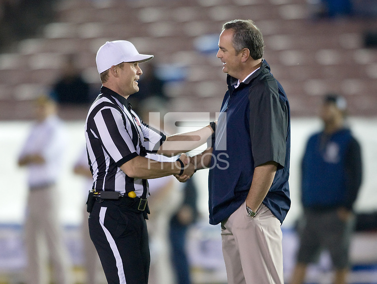 Coach Dykes, Shawn Hochuli | International Sports Images