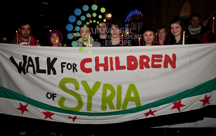 Candlelit walk for the children of Syria. The walk was an international event to raise awareness about the humanitarian catastrophe in Syria and generate vital funds for Syrian children.  .Picture: Pavol Mraz/Universal News And Sport (Scotland). 17/November 2012.