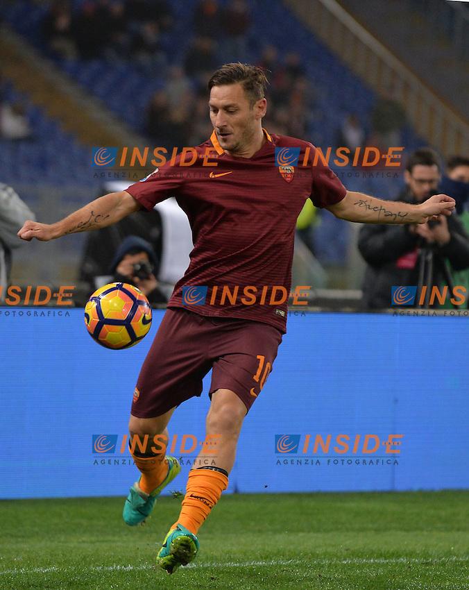 Francesco Totti Roma.<br /> Roma 27-11-2016  Stadio Olimpico<br /> Campionato Serie A,<br /> AS Roma - Pescara<br /> Foto Antonietta Baldassarre / Insidefoto