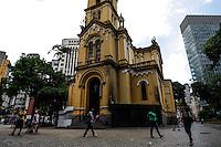 ATENCAO EDITOR FOTO EMBARGADA PARA VEICULO INTERNACIONAL -SAO PAULO, SP, 20/11/2012, DIA DA CONCIENCIA NEGRA- IGREJA FECHADA- Igreja de Nossa Senhora do Rosário dos Homens Pretos, Largo do Paissandu, s/n, centro de Sao Paulo. FOTO VAGNER CAMPOS/ BRAZIL PHOTO PRESS