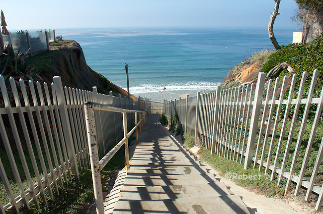 Beach access on the Bluff at Solana Beach