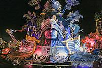 SAO PAULO, SP, 09 FEVEREIRO 2013 - CARNAVAL SP - NENE DE VILA MATILDE - Carro abre alas da escola de samba Nenê de Vila Matilde aguarda o inicio desfile no segundo dia do Grupo Especial no Sambódromo do Anhembi na região norte da capital paulista, nesta sabado, 09. (FOTO: WILLIAM VOLCOV / BRAZIL PHOTO PRESS).
