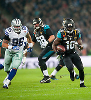 09.11.2014.  London, England.  NFL International Series. Jacksonville Jaguars versus Dallas Cowboys. Jacksonville Jaguars' Running Back Denard Robinson (#16)