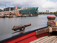 Ostindiensegler Amsterdam im Scheepvaartmuseum und Kindermuseum Nemo, Amsterdam, Provinz Nordholland, Niederlande<br /> East Indiaship Amsterdam in Scheepvaartmuseum and children's museum Nemo, Amsterdam, Province North Holland, Netherlands