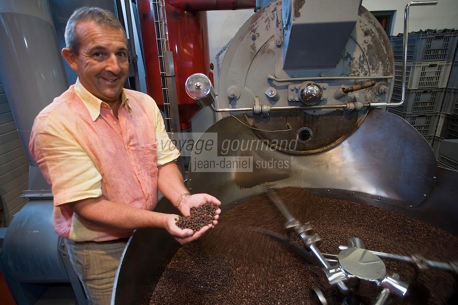 """Europe/France/Rhône-Alpes/74/Haute Savoie/Anthy-sur-Léman: Denis Pastor torréfacteur , """"Cafés Pastor"""""""