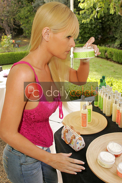 """Katie Lohmann<br />at the W Hollywood Yard Sale Presented by Guess benefitting """"Clothes Off Our Back"""". Private Residence, Brentwood, CA. 09-17-05<br />Dave Edwards/DailyCeleb.Com 818-249-4998"""