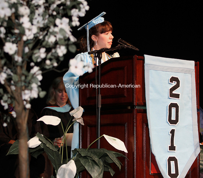JUNE CT.-14  JUNE 2010-061410DA02- Waterbury Arts Magnet School graduate, Rachel Dziezynski gives the salutatorian address during commencement exercise held at the Palace Theater Monday night.<br /> Republican American  Darlene Douty