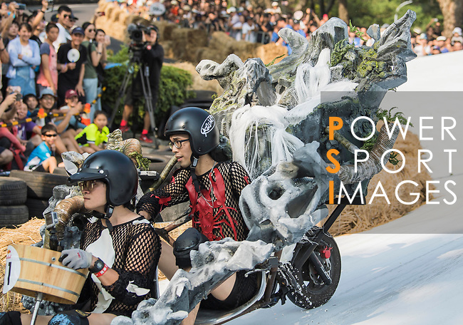 Team 川の甩尾  in action during the Red Bull Soapbox Race 2017 Taipei at Multipurpose Gymnasium National Taiwan Sport University on 01 October 2017, in Taipei, Taiwan. Photo by Victor Fraile / Power Sport Images