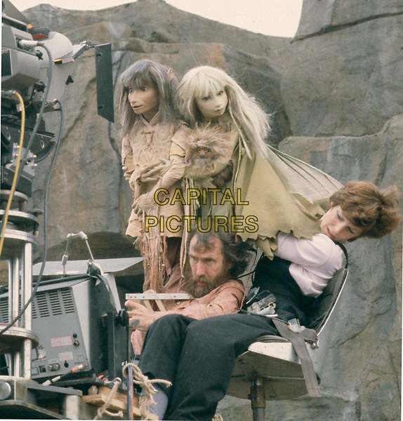The Dark Crystal (1982) <br /> Behind the scenes photo of Jim Henson &amp; Kathryn Mullen<br /> *Filmstill - Editorial Use Only*<br /> CAP/KFS<br /> Image supplied by Capital Pictures