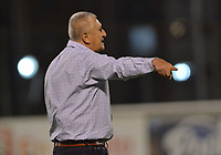 ENVIGADO- COLOMBIA, 30-04-2019.Eduardo Lara director técnico del Envigado ante el Atlético Nacional durante partido por la fecha 19 de la Liga Águila I 2019 jugado en el estadio Polideportivo Sur de la ciudad de Medellín. / Eduardo Lara coach of Envigado agaisnt of Atletico Nacional .Action game between teams  Envigado and Atletico Nacional  during the match for the date 19 of the Liga Aguila I 2019 played at Polideportivo Sur stadium in Medellin  city. Photo: VizzorImage / Leon Monsalve/ Contribuidor