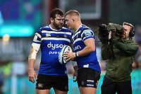 Nathan Catt of Bath Rugby shares a lineout call with team-mate Jack Walker. Gallagher Premiership match, between Bath Rugby and Sale Sharks on December 2, 2018 at the Recreation Ground in Bath, England. Photo by: Patrick Khachfe / Onside Images