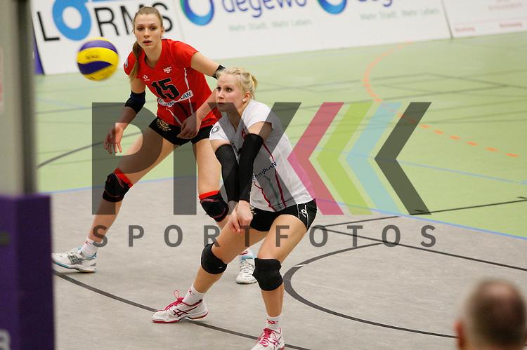 v. l. Koepenicks Sophie Schubert (Nr. 15) , Koepenicks Jessica Goepner (Nr. 7) <br /> <br /> 21.02.2015 Volleyball, 1. Bundesliga, Frauen, Saison 2014/15, Koepenicker SC Berlin - VT Aurubis Hamburg<br /> <br /> Foto &copy; PIX *** Foto ist honorarpflichtig! *** Auf Anfrage in hoeherer Qualitaet/Aufloesung. Belegexemplar erbeten. Veroeffentlichung ausschliesslich fuer journalistisch-publizistische Zwecke. For editorial use only.