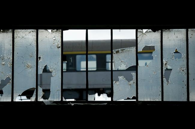 Abandoned Trainservice.<br /> 27.4.2013<br /> Copyright: Christian-Ditsch.de<br /> [Inhaltsveraendernde Manipulation des Fotos nur nach ausdruecklicher Genehmigung des Fotografen. Vereinbarungen ueber Abtretung von Persoenlichkeitsrechten/Model Release der abgebildeten Person/Personen liegen nicht vor. NO MODEL RELEASE! Don't publish without copyright Christian-Ditsch.de, Veroeffentlichung nur mit Fotografennennung, sowie gegen Honorar, MwSt. und Beleg. Konto:, I N G - D i B a, IBAN DE58500105175400192269, BIC INGDDEFFXXX, Kontakt: post@christian-ditsch.de<br /> Urhebervermerk wird gemaess Paragraph 13 UHG verlangt.]