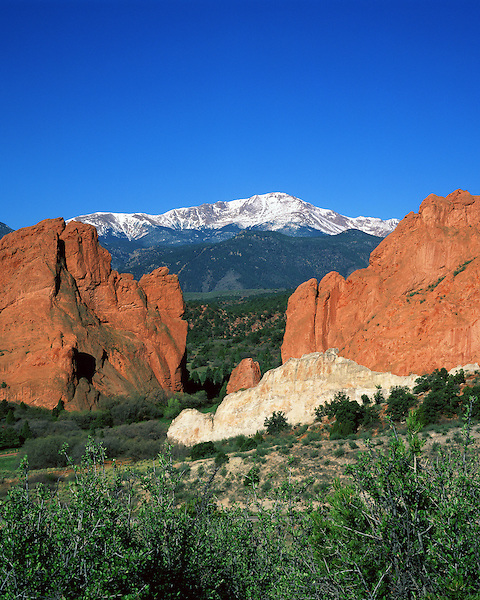 Pikes Peak and Garden of the Gods State Park, Colorado,Springs, Colorado.