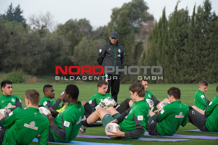 Trainingsgel&auml;nde, Jerez, ESP, 1.FBL, Trainingslager Werder Bremen 2014,  11.01.2014, <br /> <br /> Damir Buric (Co-Trainer Werder Bremen) beobachtet das Training <br /> <br /> Foto &copy; nordphoto/ Kokenge