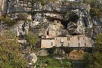 Europe/France/Aquitaine/24/Dordogne/Vallée de la Vézère/Périgord Noir/Tursac: Maison Forte de Reynac