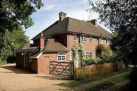 Semi-detached 3 bedoom property in rural Surrey