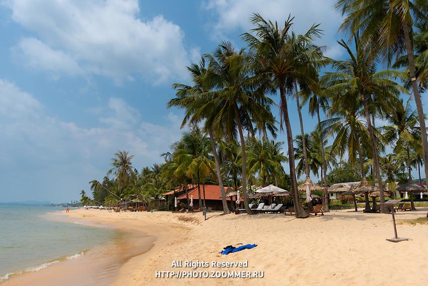 Empty Long beach, no people due to coronavirus, Phu Quoc