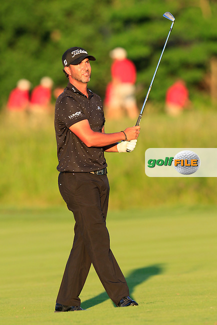 Scott Piercy (USA) plays his 2nd shot on the 9th hole during Friday's Round 2 of the 2016 U.S. Open Championship held at Oakmont Country Club, Oakmont, Pittsburgh, Pennsylvania, United States of America. 17th June 2016.<br /> Picture: Eoin Clarke | Golffile<br /> <br /> <br /> All photos usage must carry mandatory copyright credit (&copy; Golffile | Eoin Clarke)