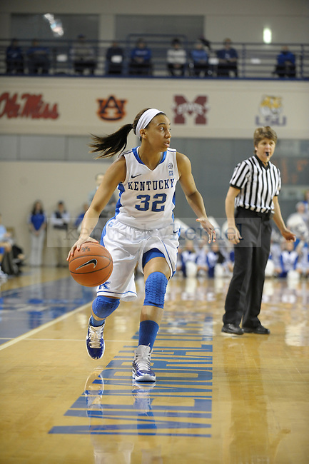 UK's Kastine Evans controls the ball during the University of Kentucky Women's basketball game against Vanderbilt at Memorial Coliseum in Lexington, Ky., on 1/23/11. Uk led the game at half 37-22. Photo by Mike Weaver | Staff