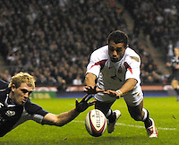 Twickenham, GREAT BRITAIN, Jason ROBINSON dives onto the ball after Sean LAMONT fumbles,during the second half to score his second try of the game as  England vs Scotland in the Calcutta Cup Rugby match played at the  RFU Twickenham Stadium on Sat 03.02.2007  [Photo, Peter Spurrier/Intersport-images]...