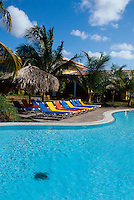 Cuba, Pool des Hotel Brisas auf Halbinsel Ancon bei Trinidad, Provinz Sancti Spiritus