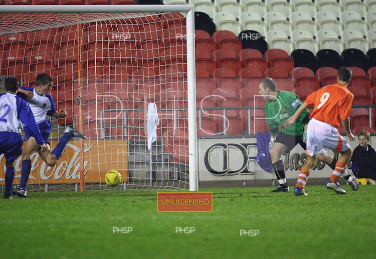 4286 Paterson scores.Blackpool YT V Chester YT