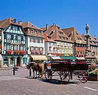 France, Alsace, Department Bas-Rhin, Obernai: Market Square | Frankreich, Elsass, Départements Bas-Rhin, Oberehnheim (Obernai): Marktplatz