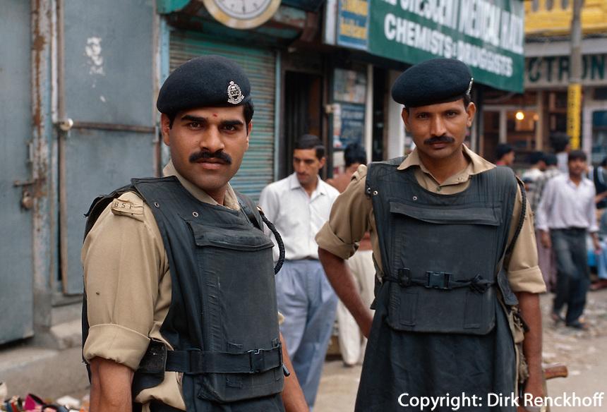 Soldaten in  Srinagar (Kashmir), Indien