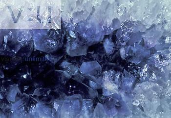 Amethyst crystals, SiO2.
