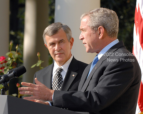 Washington, D.C. - September 20, 2007 -- United States President George W. Bush announces the resignation of United States Secretary of Agriculture Mike Johanns in the Rose Garden at the White House in Washington, D.C. on Thursday, September 20, 2007.   Johanns is returning to his native Nebraska to run for the United States Senate Seat being vacated by the retirement of United States Senator Chuck Hagel (Republican of Nebraska)..Credit: Ron Sachs / Pool via CNP