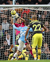 2nd November 2019; Etihad Stadium, Manchester, Lancashire, England; English Premier League Football, Manchester City versus Southampton; Alex McCarthy of Southampton parries a header from Bernardo Silva of Manchester City - Strictly Editorial Use Only. No use with unauthorized audio, video, data, fixture lists, club/league logos or 'live' services. Online in-match use limited to 120 images, no video emulation. No use in betting, games or single club/league/player publications