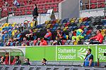 Ersatzbank<br />1. Fussball Bundesliga 33. Spieltag - Fortuna Duesseldorf vs. FC Augsburg1.Bundesliga, 1.Liga, 19, 20, Fussball, Fussballspiel, Geisterspiel, Liga1, Neustart, Profi, Re-Start, Saison, Saison19/20, Saison2019/2020, Soccer, Sport, Wiederaufnahme, match, sports 20.06.2020 - <br /><br /><br /><br />(Foto: Sebastian Sendlak / wave.inc/POOL/ via Meuter/Nordphoto)<br /><br />DFL regulations prohibit any use of photographs as image sequences and/or quasi-videos.<br /><br />EDITORIAL USE ONLY<br /><br />National and international News-Agencys OUT.