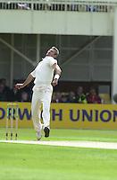 31/05/2002.Sport -Cricket - 2nd NPower Test -Second Day.England vs Sri Lanka.Andy Caddick. [Mandatory Credit Peter Spurrier:Intersport Images]