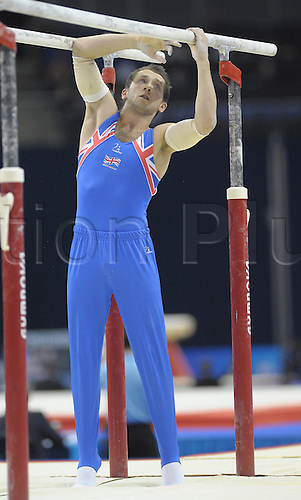 13th October 2009: World Gymnastics Champion ships at the O2 Arena London. Mens Qualifying Competition.Gryshchenko og GB .Photo by Alan Edwards/Actionplus. ..