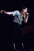 GUNS N ROSES, LIVE, 1989,  NEIL ZLOZOWER