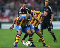 FUSSBALL   CHAMPIONS LEAGUE   SAISON 2012/2013   GRUPPENPHASE   FC Bayern Muenchen - FC Valencia                            19.09.2012 Sofiane Feghouli (li, Valencia CF)  gegen Franck Ribery (Mitte, FC Bayern Muenchen) und Joao Pereira (Valencia CF)