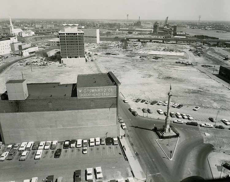 1963 April 03..Redevelopment.Downtown South (R-9)..looking East on Main Street at Confederate Monument..HAYCOX PHOTORAMIC INC..NEG# C63-5-151A.NRHA#..