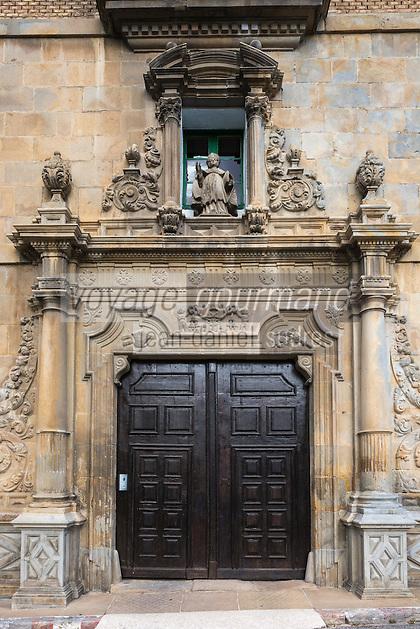 Espagne, Navarre, Pampelune: Palais de l'Archevêché, Place de Santa María la Real, le portail //  Spain, Navarre, Pamplona:  Archbishop's Palace, Square Santa María la Real, the  portal