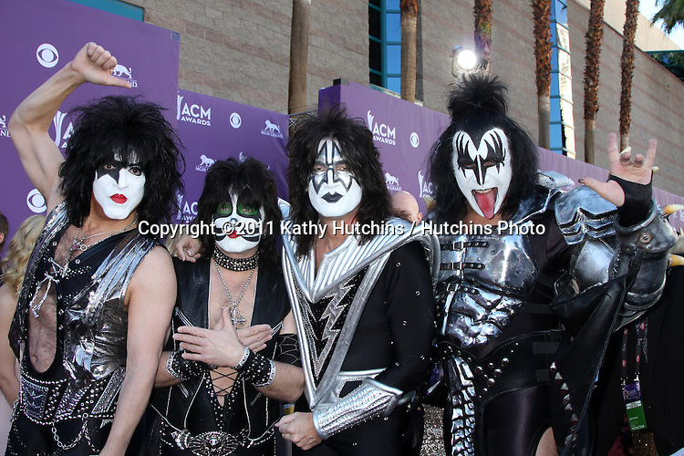 LAS VEGAS - APR 1:  KISS arrives at the 2012 Academy of Country Music Awards at MGM Grand Garden Arena on April 1, 2010 in Las Vegas, NV.