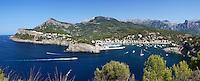 Spain, Mallorca, Port de Soller: view over bay and harbour | Spanien, Mallorca, Port de Soller: Bucht und Hafen