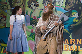 22 July 2008, London/UK, Six-week run of the Wizard of Oz at the Royal Festival Hall/Southbank Centre, London. The musical is directed by Jude Kelly. (Photo: Bettina Strenske)..Cast: .Siân Brooke as Dorothy.Adam Cooper as Hickory / The Tin Man.Roy Hudd as Professor Marvel / The Wizard of Oz.Julie Legrand as Miss Gulch / The Wicked Witch of the West.Hilton McRae as Hunk / The Scarecrow.Gary Wilmot as Zeke / The Cowardly Lion.Susannah Fellows as Aunt Em / Glinda - The Good Witch of the North.Julian Forsyth as Uncle Henry / The Emerald City Guard