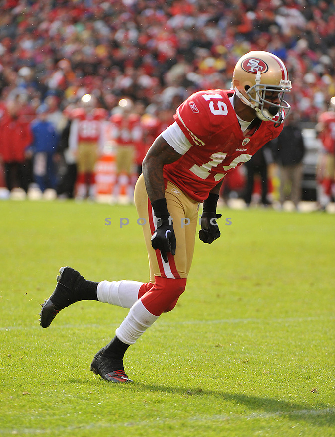 TED GINN, of the San Francisco 49ers, in action during the 49ers game against the Arizona Cardinals on November 20, 2011 at Candlestick Park in San Francisco, CA. San Francisco beat Arizona 23-7.