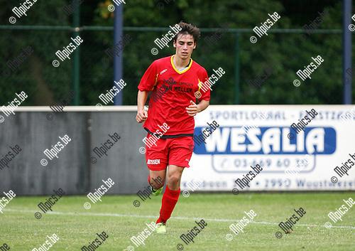 2009-08-05 / Seizoen 2009-2010 / Voetbal / Kapellen / Yannick Sijssens..Foto: Maarten Straetemans (SMB)