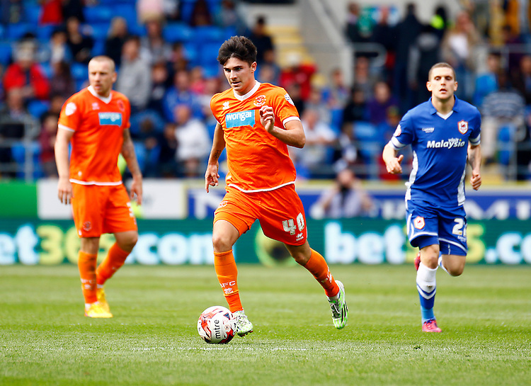 Blackpool's Henry Cameron in action during todays match  <br /> <br /> Photographer Simon King/CameraSport<br /> <br /> Football - The Football League Sky Bet Championship - Cardiff City v Blackpool - Saturday 25th April 2015 - Cardiff City Stadium - Cardiff<br /> <br /> &copy; CameraSport - 43 Linden Ave. Countesthorpe. Leicester. England. LE8 5PG - Tel: +44 (0) 116 277 4147 - admin@camerasport.com - www.camerasport.com