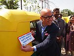 Darren Walker visits Ford Foundation grantees in New Delhi, India. Courtesy of the Ford Foundation