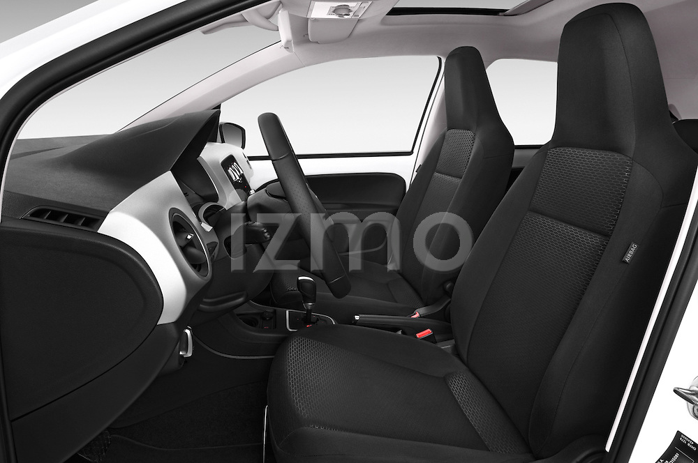 Front seat view of a 2014 Seat MII Style 5 Door Hatchback 2WD Front Seat car photos