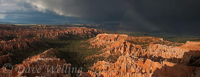 904000020 a panoramic view of a rainbow over bryce canyon national park from bryce point during a monsoon summer thunderstorm utah united states