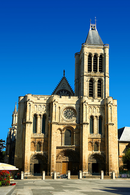 The early Gothic west facade (1135-40) of the  Cathedral Basilica of Saint Denis ( Basilique Saint-Denis ) Paris, France. A UNESCO World Heritage Site.