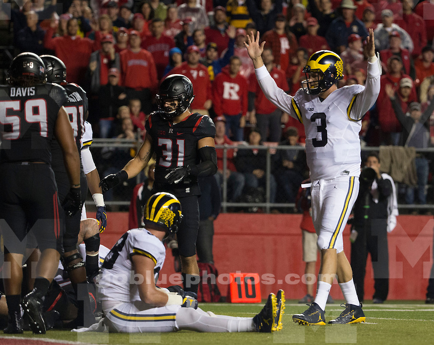 The University of Michigan football team beats Rutgers, 78-0, at High Points Solutions Stadium in Piscataway, NJ, on Oct. 8, 2016.